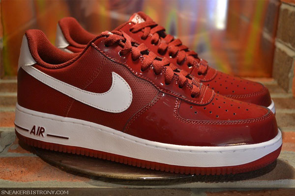 566eb156e41d58 Nike Air Force 1 Low - Team Red White