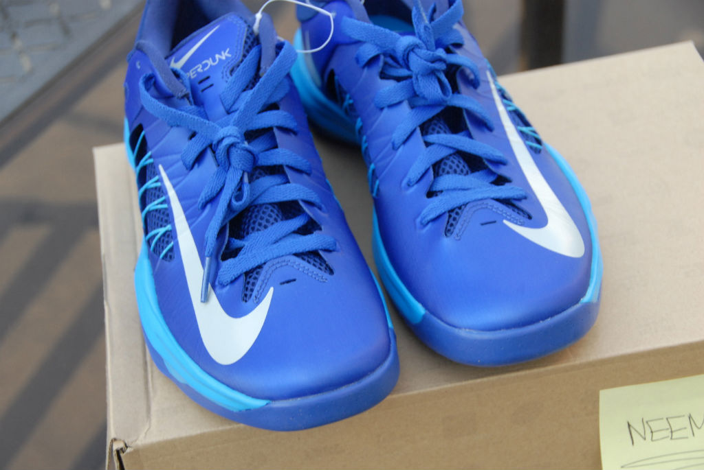 low priced 9b01b ebee4 nike hyperdunk 2012 blue