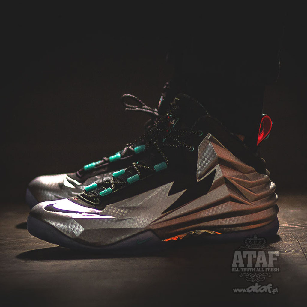 pretty nice 8cf80 45ada The Debut Of The Nike Chuck Posite Is Here   Sole Collector