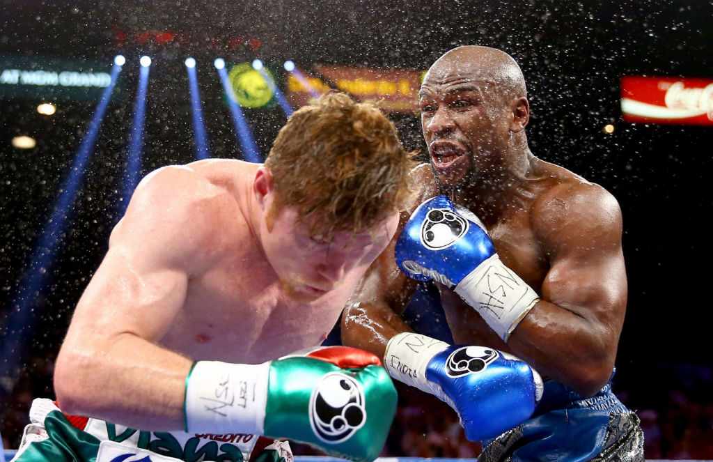 Floyd Mayweather Moves To 45-0 With Decision Over Canelo Alvarez (11)