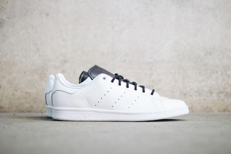 Adidas Stan Smith White/Black Side S80019