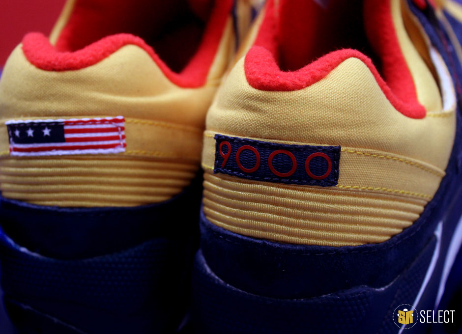 Packer Shoes x Saucony Grid 9000 Snow Beach (3)
