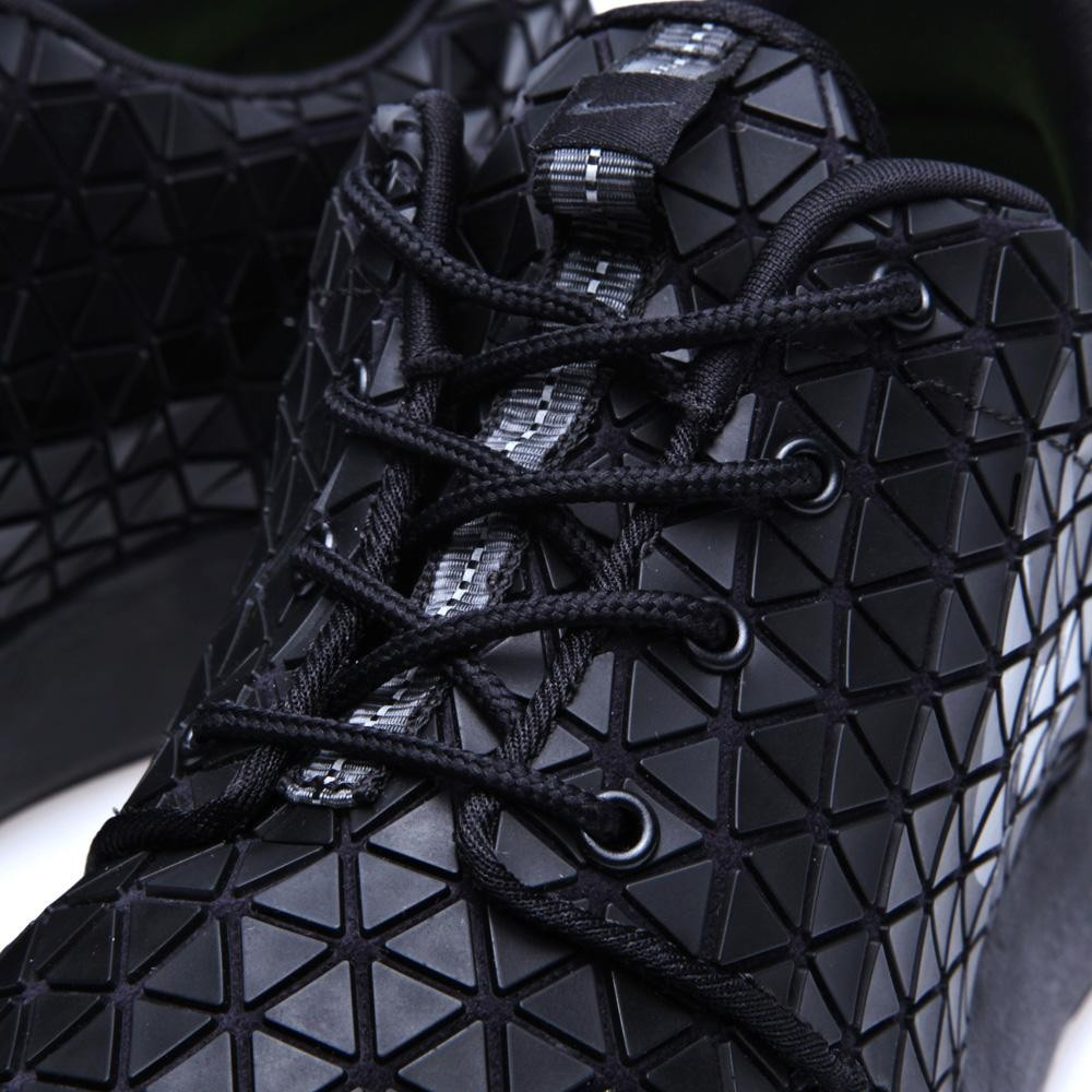 cbe83153522f ... mens shoes dannywinstanley onlinejewel6412092 2996b dc278  promo code  for the new nike roshe run metric qs in black black metallic silver will