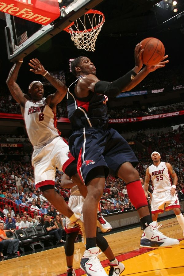 Joe Johnson wearing the Jordan Pure J