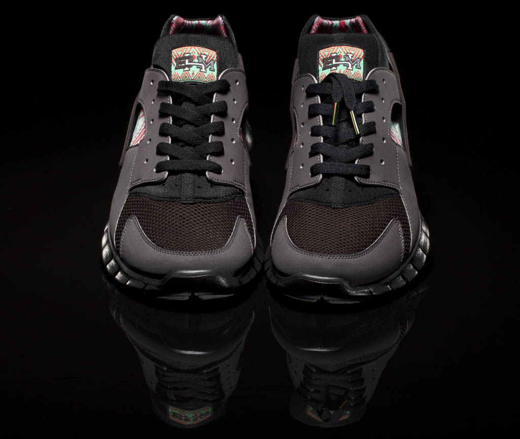Nike Huarache Free Basketball Black History Month Official (3)