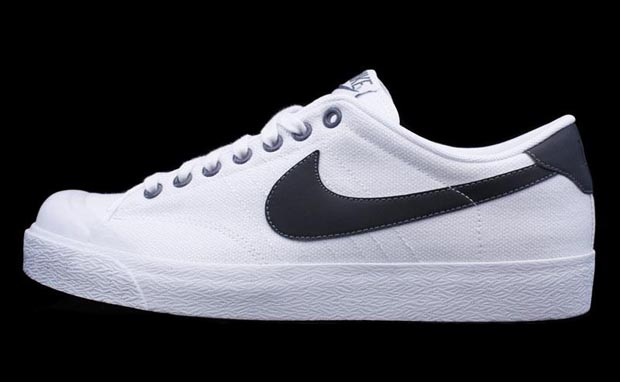 Nike Racquetball Court Shoes