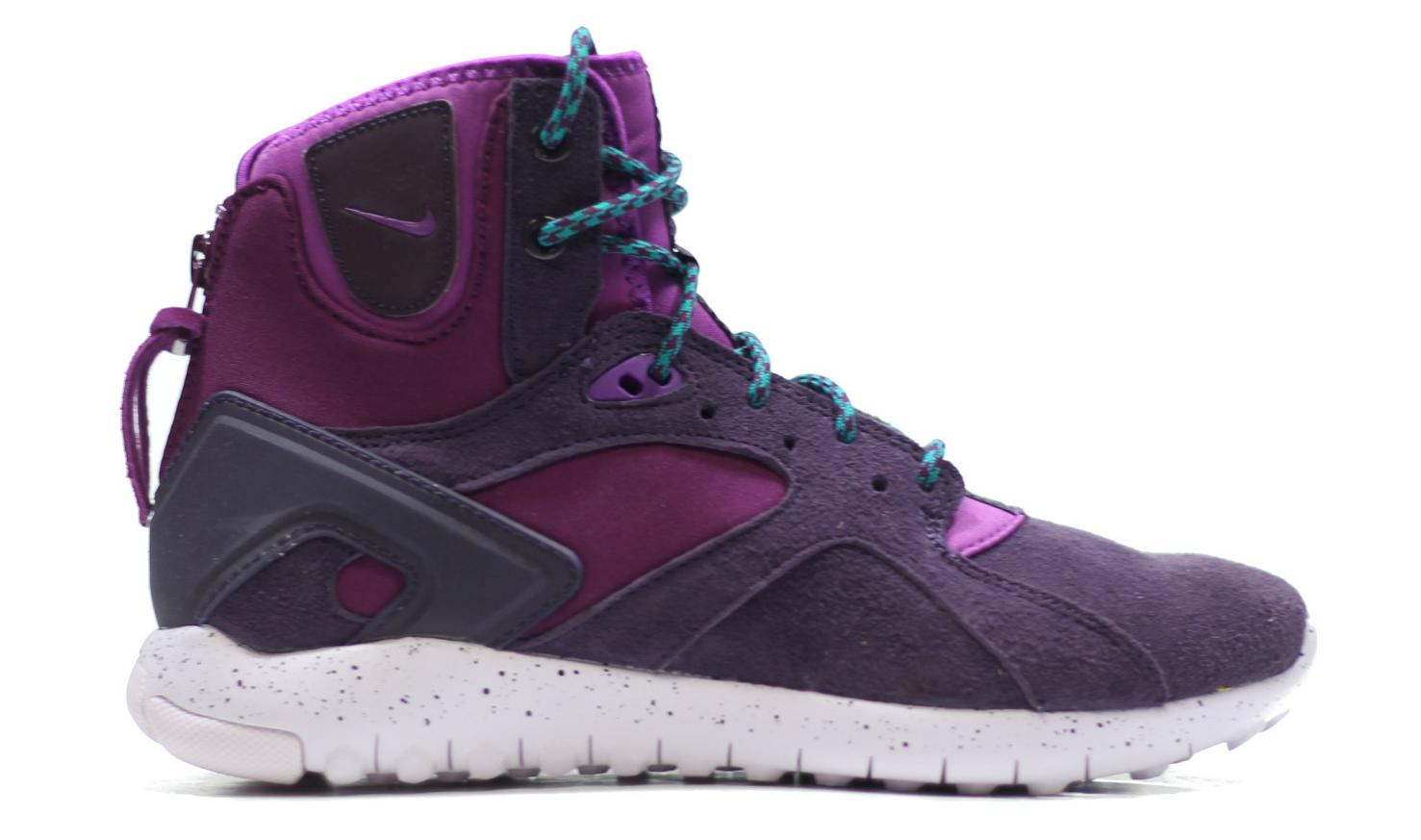 c2f109e2f4b01 Nike WMNS Mobb Mid Color  Mulberry Purple Dusk Style    749532-555. Price    120