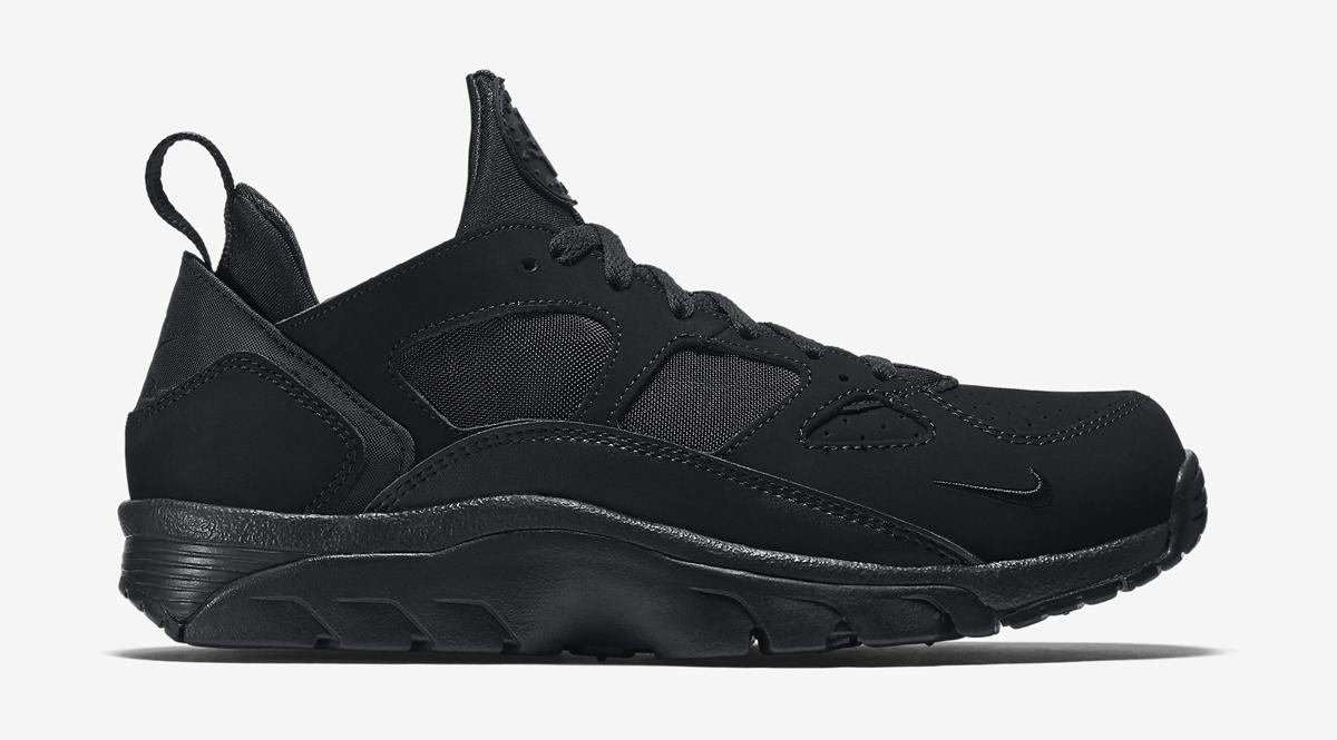 nike huarache trainers black