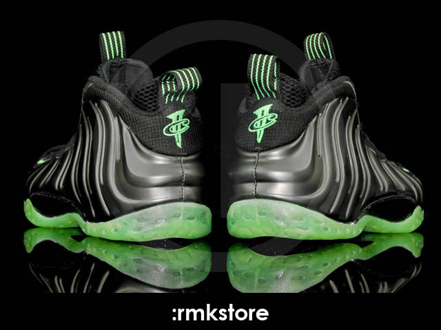 Nike Air Foamposite One Black Electric Green 314996-030 9ceddf07f