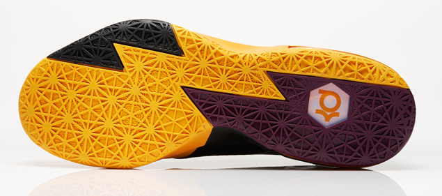 Nike KD 6 Peanut Butter and Jelly colorway outsole