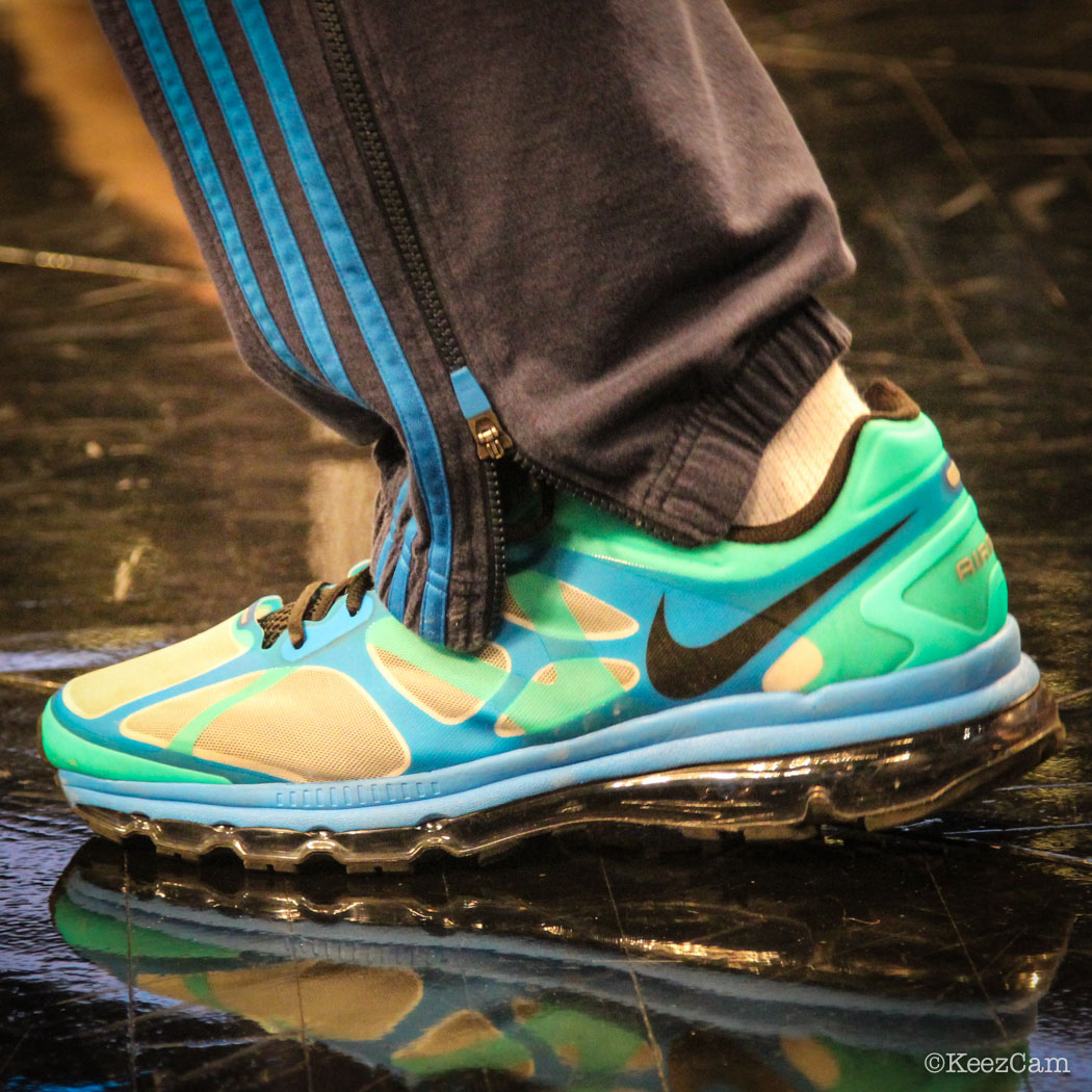 Rick Carlisle wearing Nike Air Max 2012
