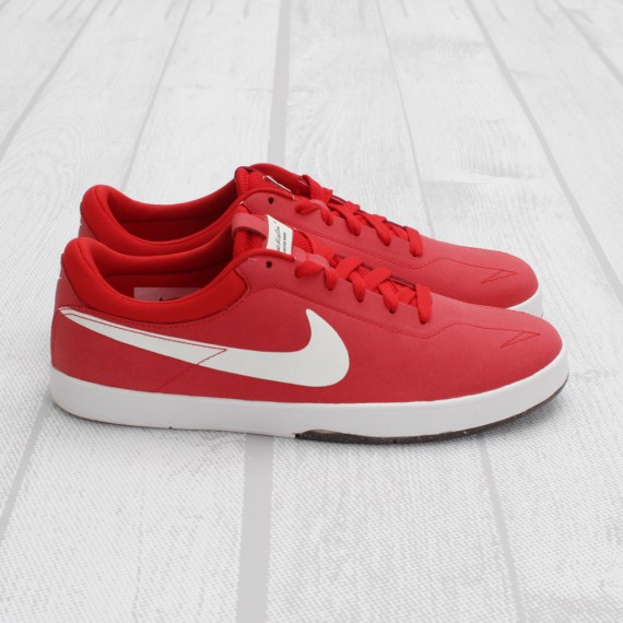 the latest 94247 2a36c Skate legend Eric Koston s debut pro model with Nike Skateboarding  continues it s successful run with this all new spring-ready colorway.