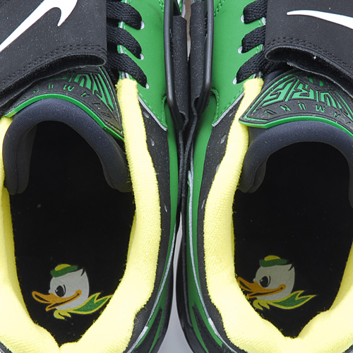 Nike Air Diamond Turf Oregon Ducks graphic sockliner