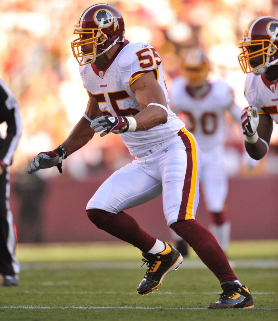 Jason Taylor Wearing Air Jordan III 3 Redskins PE Cleats (4)