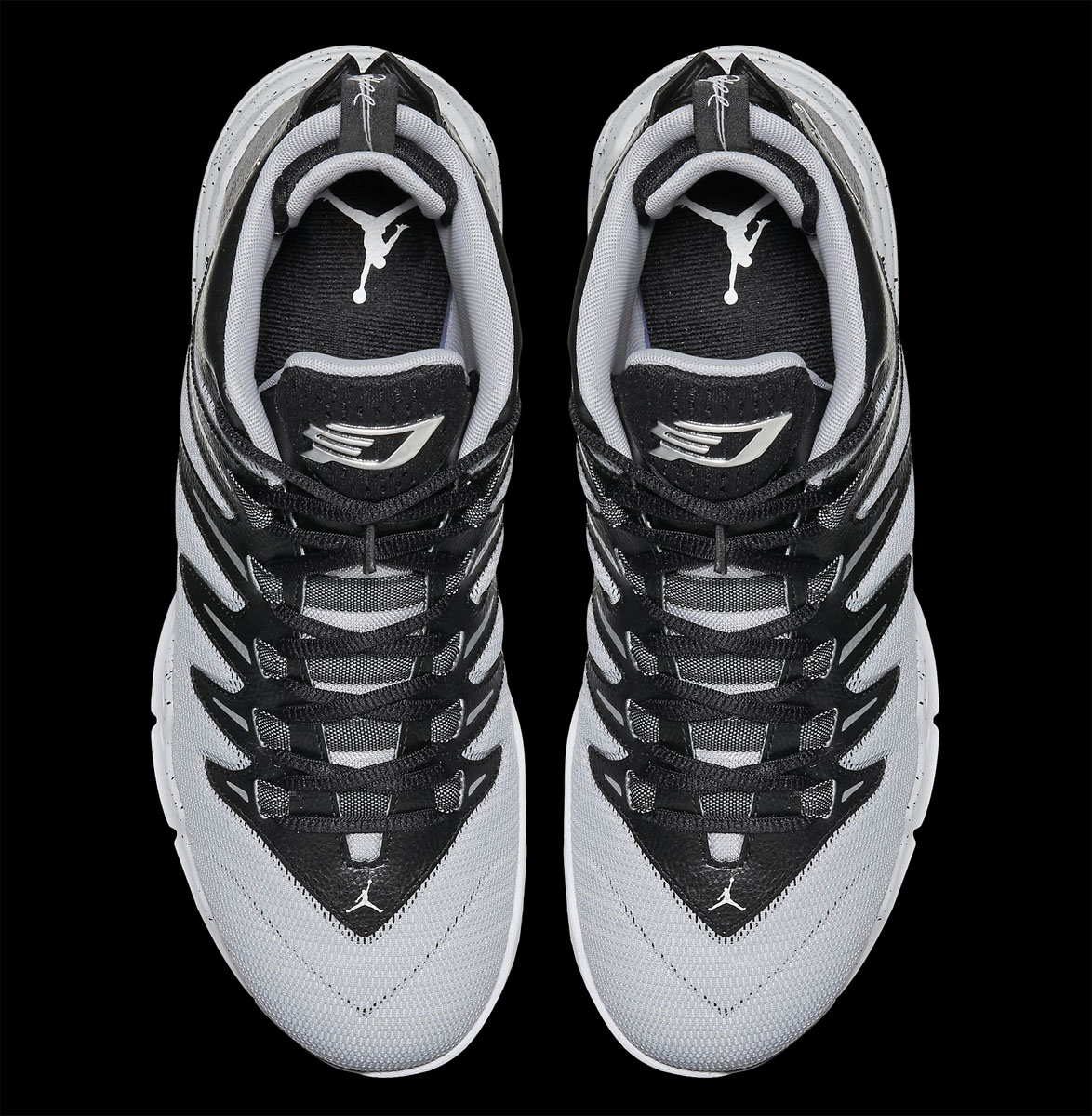 Jordan CP3.IX Black/Wolf Grey-Pure Platinum-Metallic Silver (5)