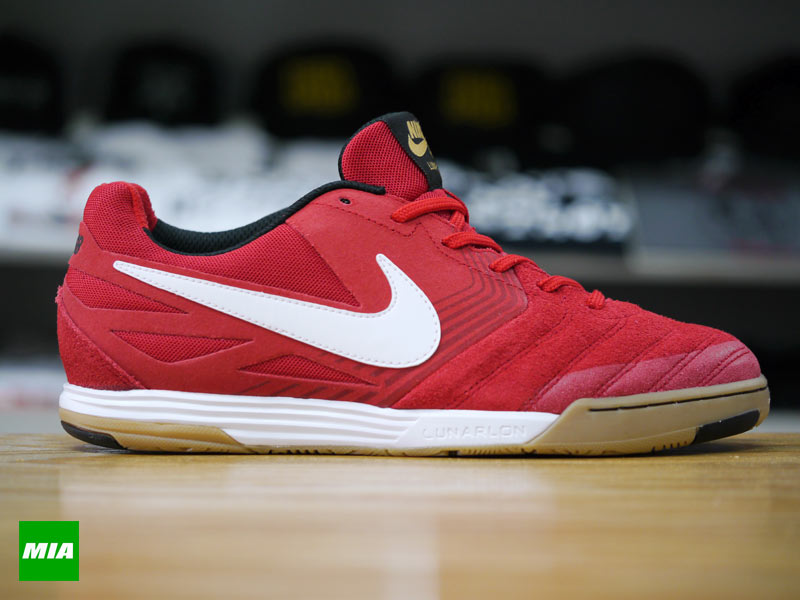 new concept 8e25e 11831 Nike SB Lunar Gato in University Red profile