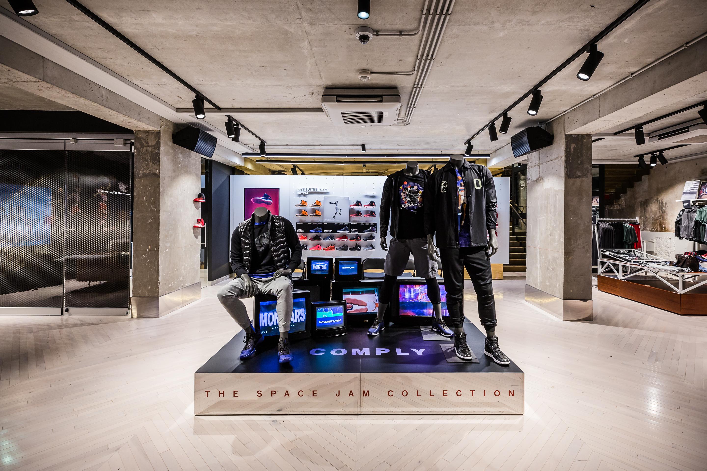 Image via Nike Air Jordan Store Paris 06 8c9160d37