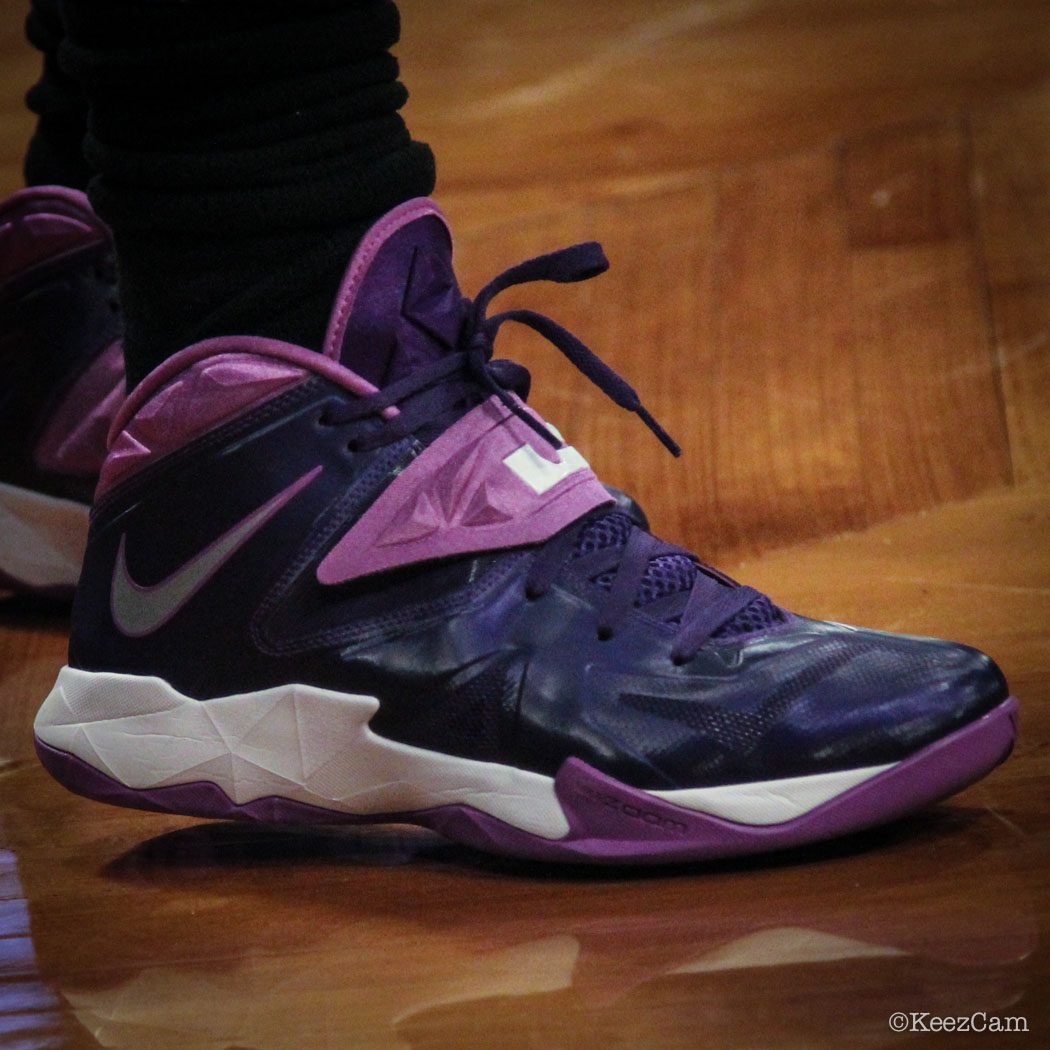 Eric Bledsoe wearing Nike Zoom Soldier VII 7