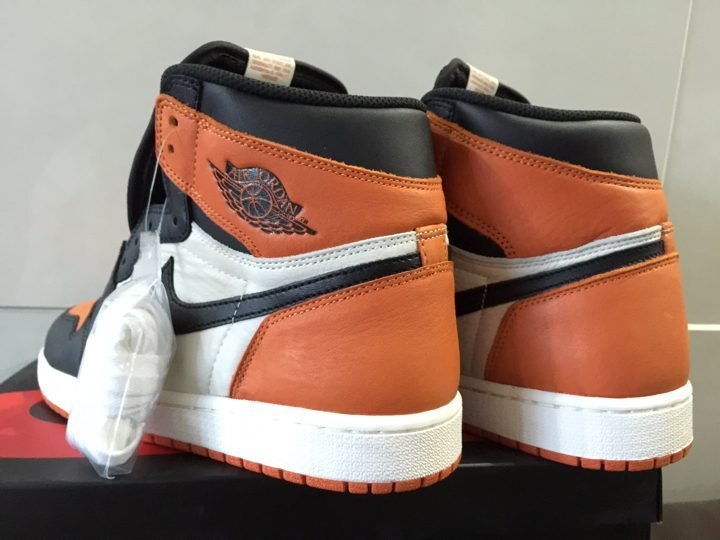 Air Jordan 1 Shattered Backboard 555088-005 (2)