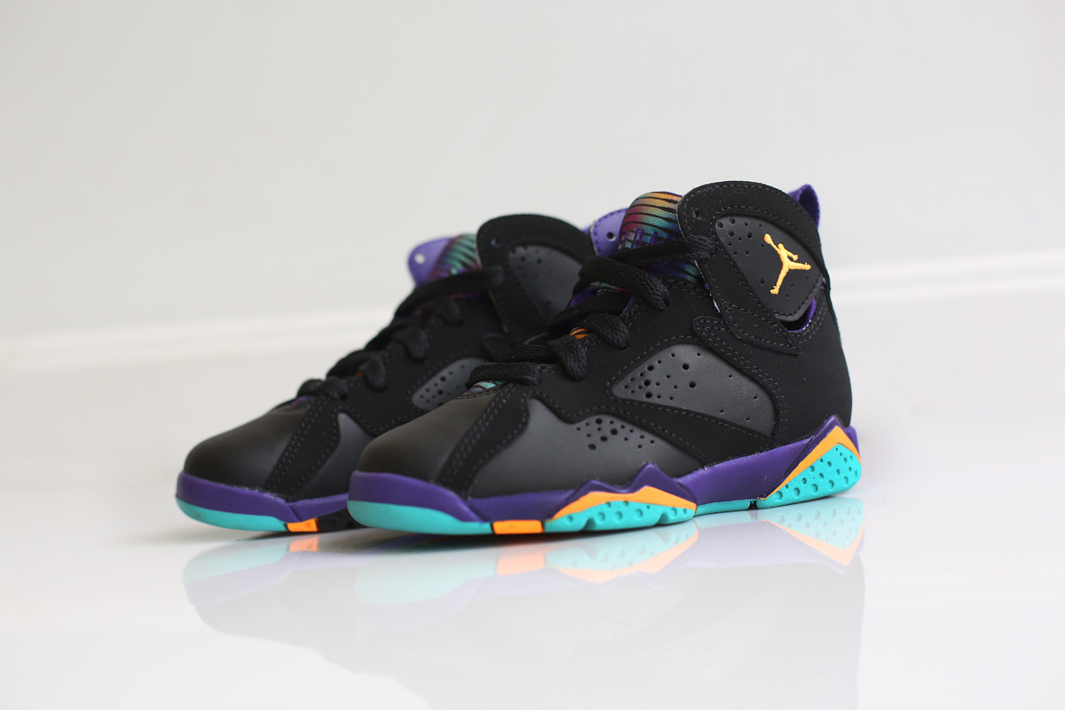 timeless design 4e645 587b7 Release Date   Lola Bunny  Girls Air Jordan 7 Retro
