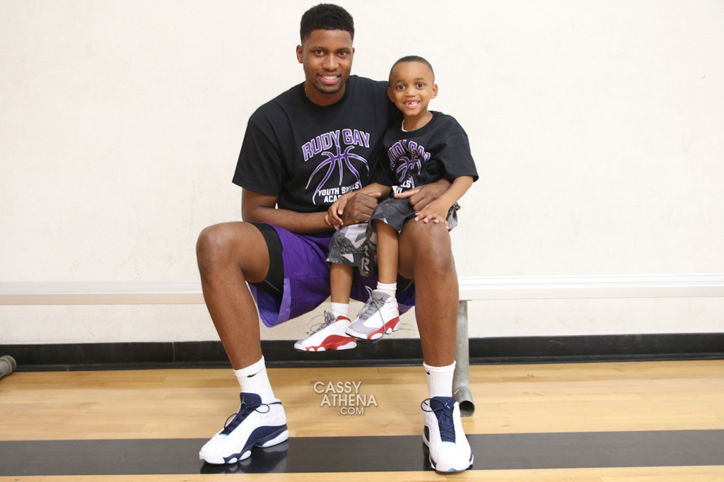 Rudy Gay wearing the 'Hornets' Air Jordan 13 Low