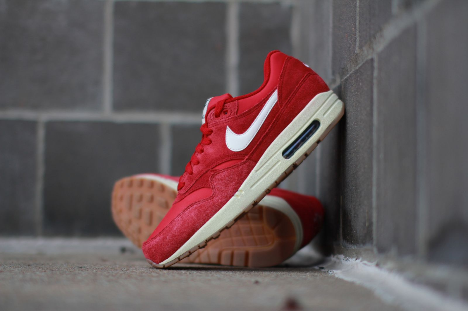 size 40 d57a0 8d43d Nike Air Max 1 Essential Suede Gym Red  Solecollector