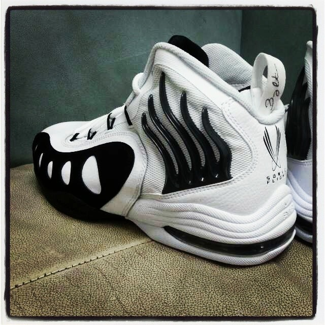 Nike Zoom Sonic Flight - White/Black