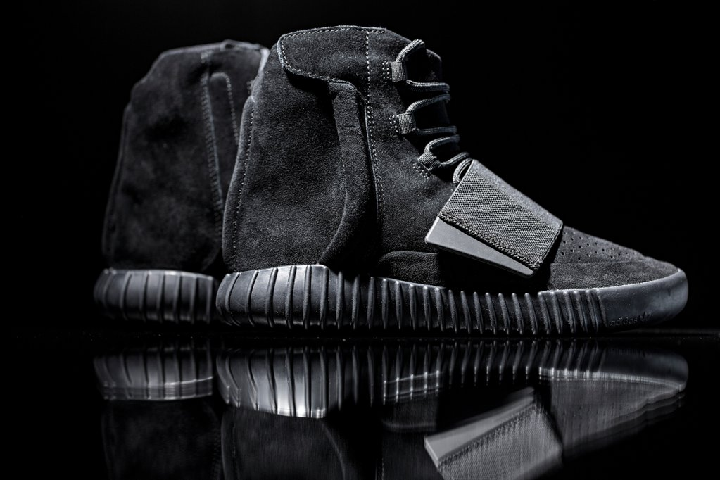 adidas yeezy 750 all black
