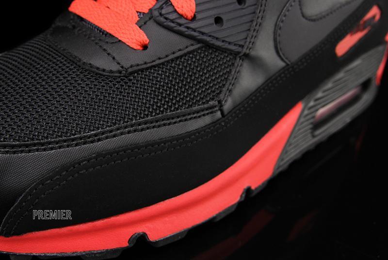 nike air max 90 essential black red