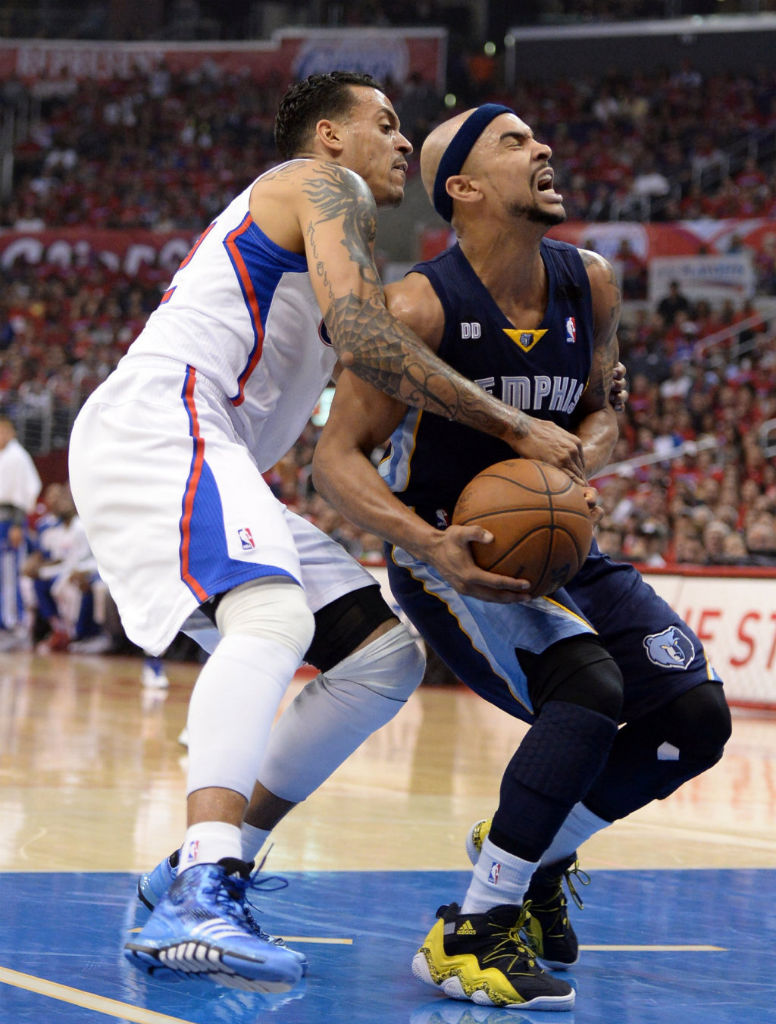 Matt Barnes wearing adidas Crazyquick Blue; Jerryd Bayless wearing adidas Top Ten 2000 Rivalry Pack