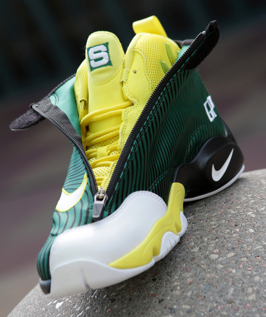 Gary payton glove shoes foot locker