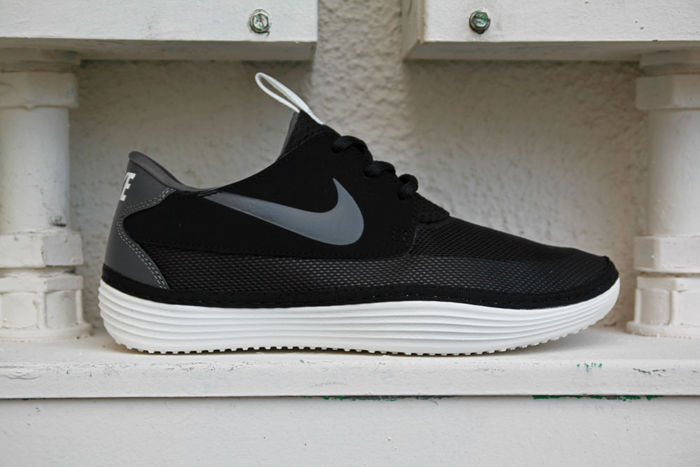 nike solarsoft moccasin women