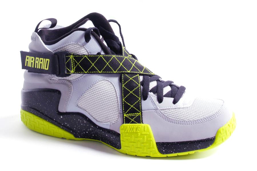 14c516e3 Nike Air Raid - Wolf Grey/Venom Green   Sole Collector