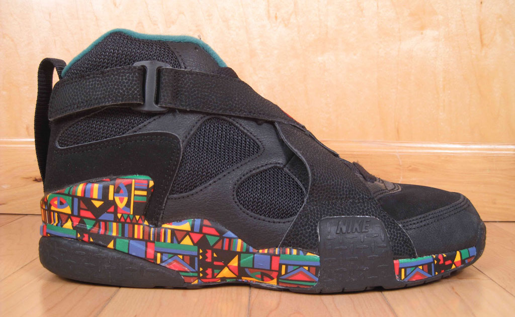 The Top 10 Strapped Sneakers of All-Time: Nike Air Raid