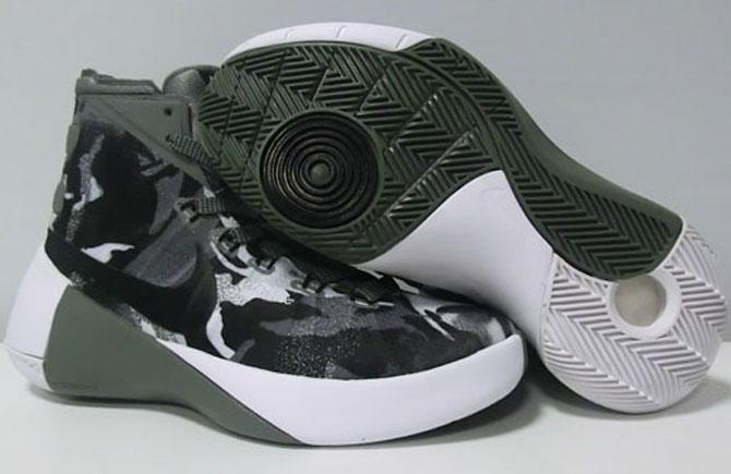 wholesale dealer f88e4 66d6f Nike Hyperdunk 2015. Color  Dark Grey Black-Sail Style    759974-002