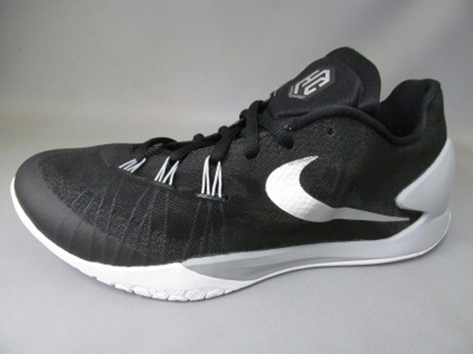 944795359ef2 Here s What s Next for Nike s New Hyperchase Basketball Sneaker ...
