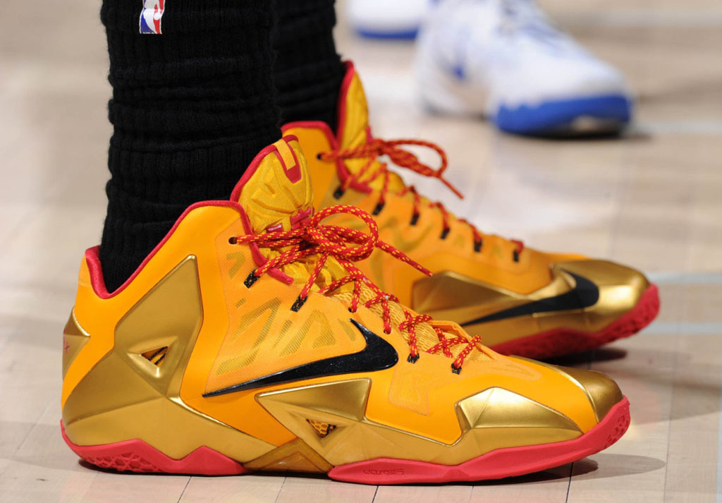 LeBron James Wears Fairfax Nike LeBron 11 PE (1)