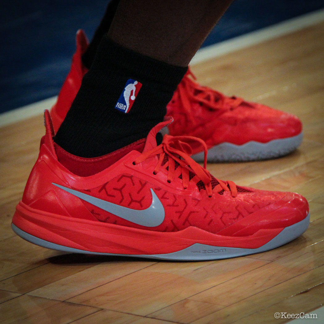 Dion Waiters wearing Nike Zoom Crusader