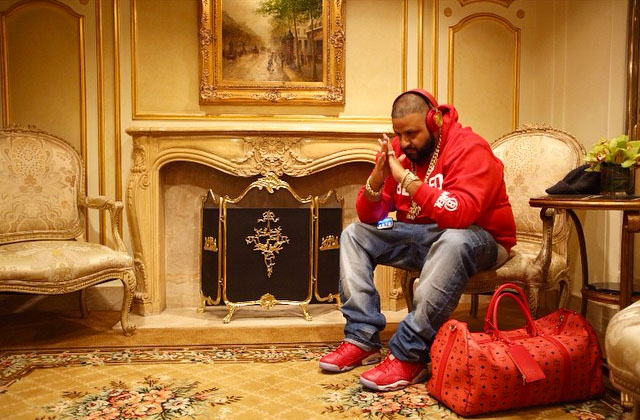 DJ Khaled wearing Slam Dunk x Air Jordan VI 6