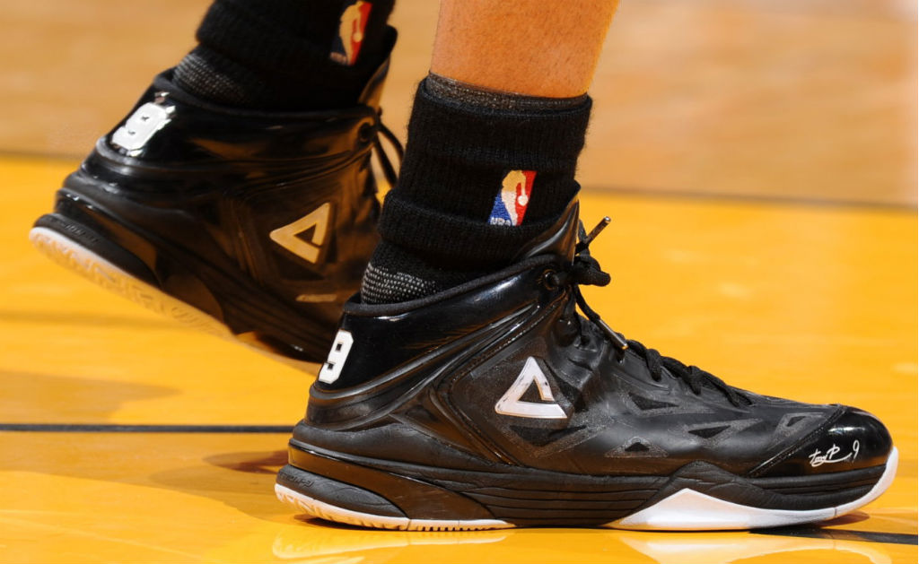 Tony Parker Beats The Clock In Peak Team Lightning PE (1)