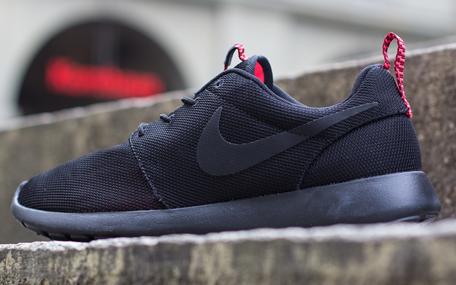 e09dca894c9c Nike Roshe Run PRM - Black Atomic Red