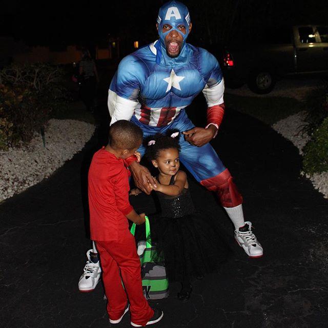 Sneaker Halloween Costumes: Captain America Wearing Air Jordan 7s