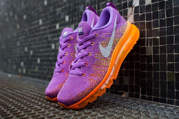 finest selection 4605d 1040c The Atomic Purple Total Orange Nike WMNS Air Max Flyknit is now up for  grabs via NikeStore.