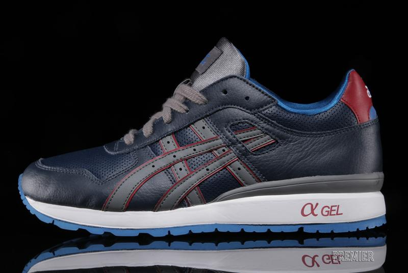 ASICS GT II in Navy and Grey profile