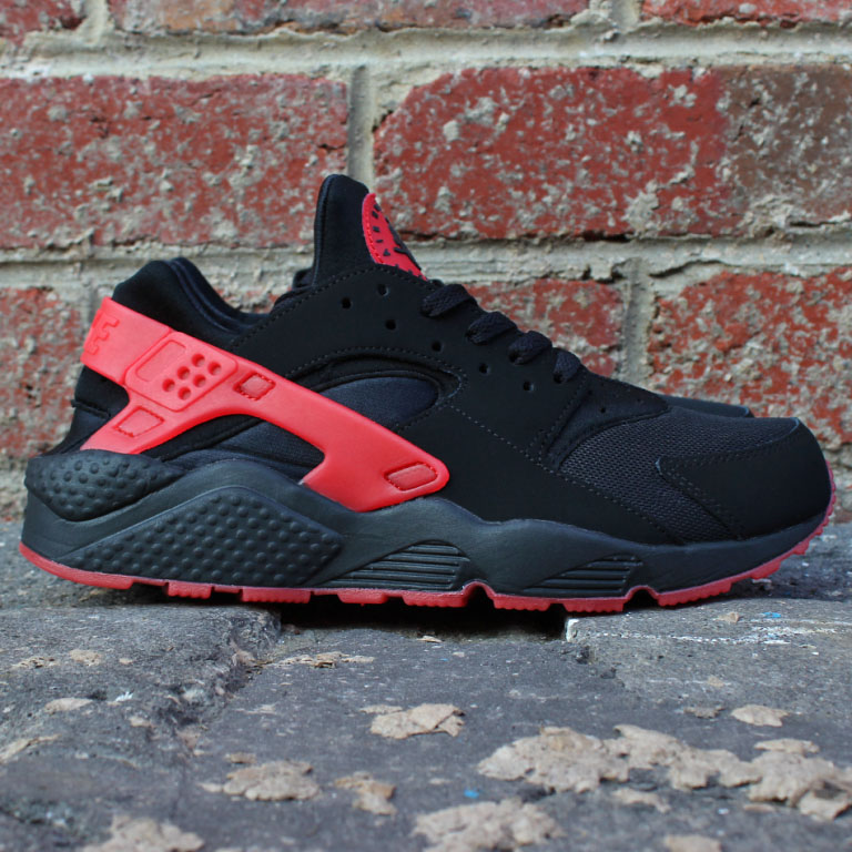 nike air huarache hate