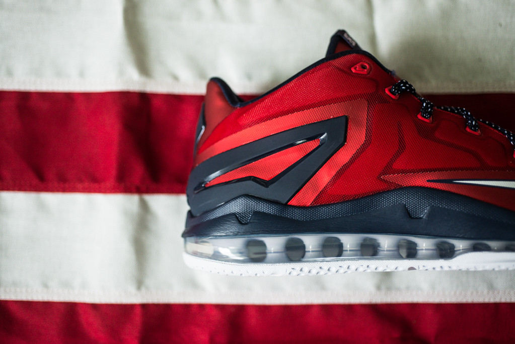 Nike Air Max LeBron 11 Low Independence Day Heel