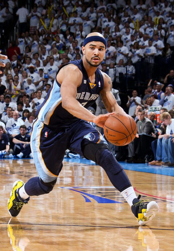 sneaker watch      adidas basketball