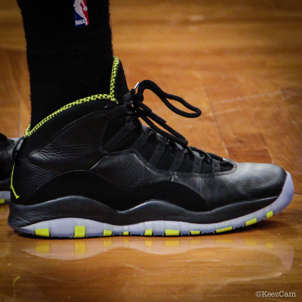 Kyle Lowry wearing Air Jordan 10 Retro Venom Green