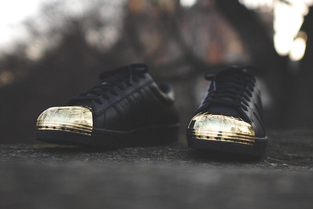 adidas originals superstar rose gold metal toe