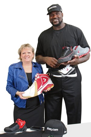 What Size Shoe Does Shaq Wear